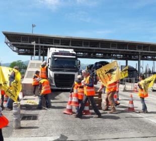 Protesta contra camiones de fruta españoles en Le Boulou, el 16 de mayo de 2019. Foto: Confédération paysanne