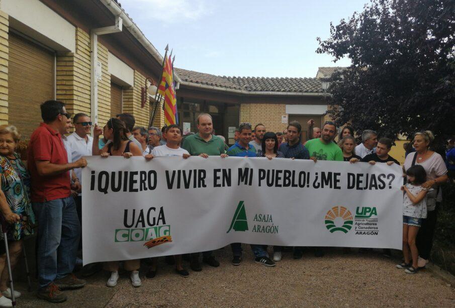 Manifestación en apoyo a Nerea, ayer en Loporzano (Huesca)