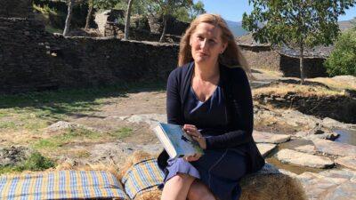 Luz Gabás, en la presentación de El Latido de La Tierra. Foto: Planeta.