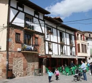Plaza de un pueblo