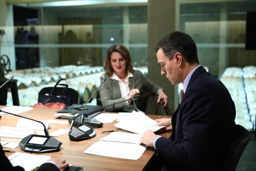 El Presidente del Gobierno, Pedro Sánchez, y la vicepresidenta, Teresa Ribera, hoy en La Rioja. Foto: Pool Moncloa.