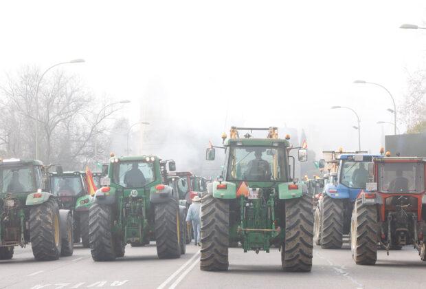Tractorada de los agricultores al límite en Toledo, el pasado 5 de febrero.