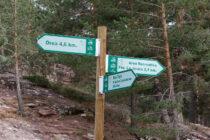 Indicaciones de rutas en el Parque Natural del Alto Tajo. Autor: Joaquín Terán.