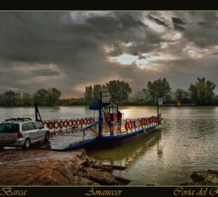 """Amanecer en """"la barca"""", en Coria del Río. Autor: José Manuel Calvo. Creative commons"""