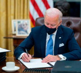 Joe Biden, en el despacho oval. Foto: Casa Blanca Twitter