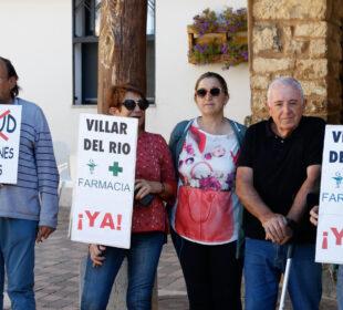 Protesta por la sanidad en el municipio soriano de Villar del Río.